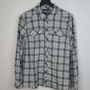REI snap button plaid trail hiking shirt size med